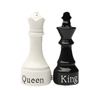 Queen and King Salt and Pepper Shaker