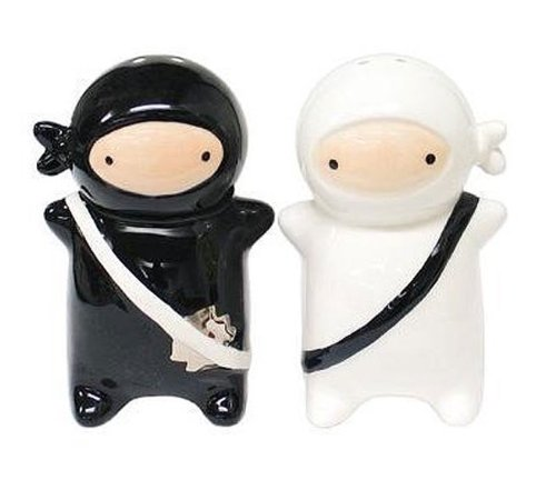 Japanese salt and pepper shaker