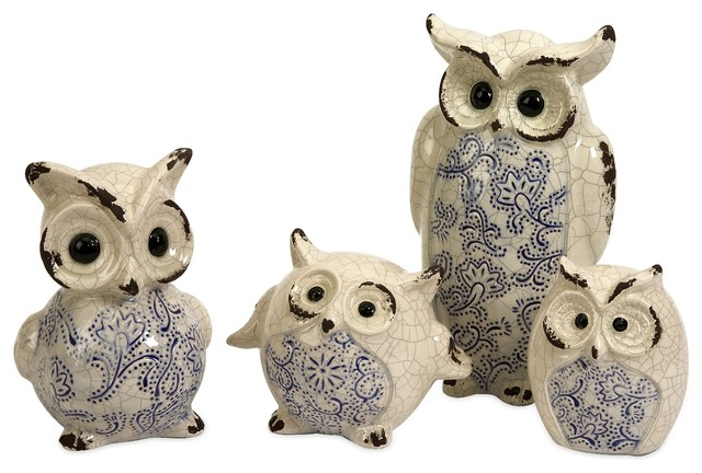 resin owls statue